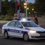 Drama u centru Beograda: Muškarac pretio da će skočiti sa 6. sprata, policija SPREČILA TRAGEDIJU