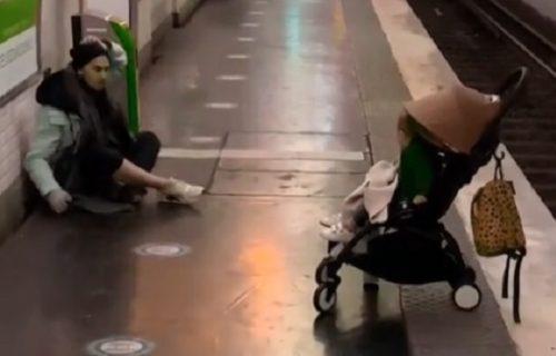 Drama nad dramama: Majka ušla u voz, beba OSTALA na stanici! Potez BESKUĆNIKA zapanjio je svet (VIDEO)