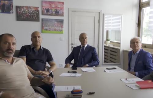Pogledajte reakciju Terzića i Stankovića kada su saznali da Zvezda može na Dinamo (VIDEO)