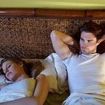 """""""Zašto mi to radi samo dok spava?"""" Muž sluđen, tek posle prve bračne noći otkrio je DRUGO lice svoje žene"""