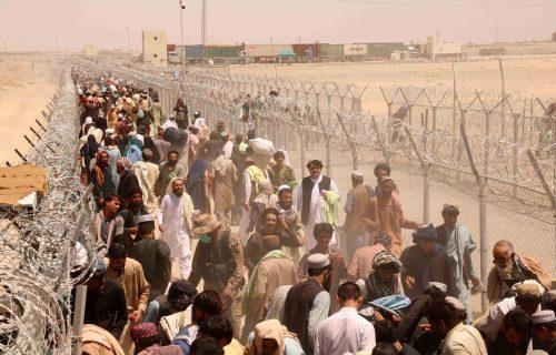 Grčka u STRAHU od prodora migranata iz Avganistana: Postavljena ZAŠTITNA ograda duž granice s Turskom