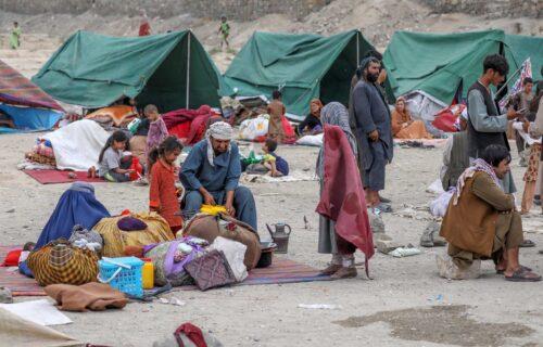 Dve godine se SKRIVALA, a onda je pobegla sa tri ćerke: Zara iz Kabula se dokopala Ramštajna ali bez muža