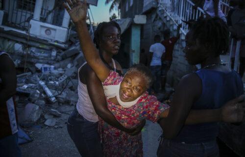 Stravičan bilans RAZORNOG zemljotresa na Haitiju: Više od 300 mrtvih, gradovi skroz UNIŠTENI (FOTO+VIDEO)