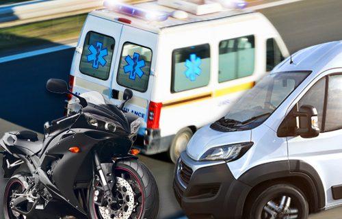 UŽASAVAJUĆA NESREĆA na Ibarskoj magistrali: Sudar motocikla i kombija, saobraćaj zaustavljen u oba smera