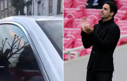 Navijači Arsenala spopali Artetu u kolima ispred stadiona (VIDEO)