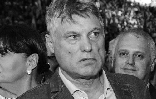 Taksista se na NEOBIČAN način oprostio od Lazanskog: Tatjani dao 100 dinara i zamolio je za USLUGU