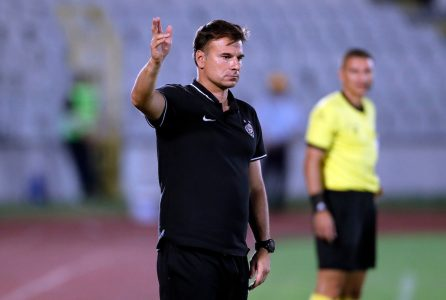 Stanojevića brine jedan fudbaler posle pobede: Nadamo se da nije ništa ozbiljno