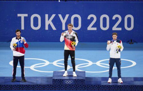 Zverev provocira posle trijumfa u Tokiju: Pričali su da su drugi bolji od mene, ali ja imam zlato