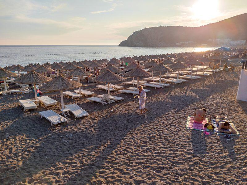 Turisti izbezumnjeni u Crnoj Gori: Snimak koji je osvanuo na društvenim mrežama ZAPREPASTIO sve! (VIDEO)
