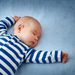 Imate problem da uspavate dete? Uskladite svoj ritam sa njegovim i isprobajte ovu METODU