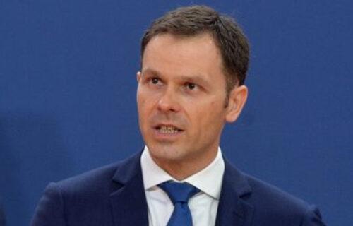 Siniša Mali UPOZORIO na prevarante: Koriste ime ministra kako bi VARALI građane