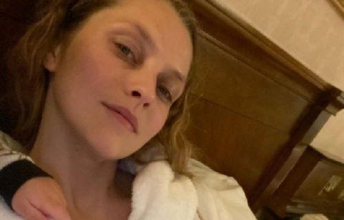 """""""Ne znam što me napadaju"""": Tereza zapanjila sve otkrićem da SEDAM godina bez prestanka DOJI decu (FOTO)"""