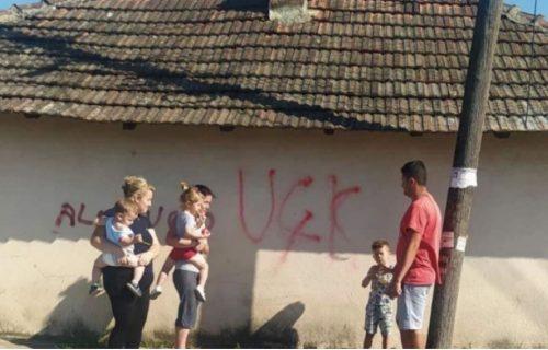 Zlo ne miruje: Osvanuo novi SRAMOTAN GRAFIT u Gračanici na dan kada srpski narod na KiM tuguje