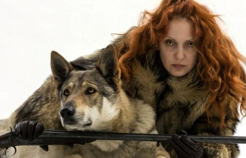 Maja radila BIZARNU stvar sa psima: Potom je učinila nešto još ŠOKANTNIJE - ona ne zna za granice (FOTO)