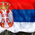 Velika potražnja za SRPSKIM ZASTAVAMA: Traži se trobojka više u Crnoj Gori