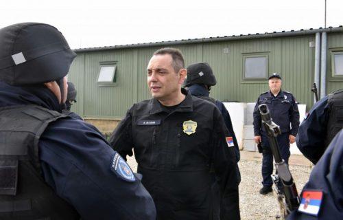 Ministar Aleksandar Vulin u Kopnenoj zoni: Nasilje nad Srbima neprihvatljivo