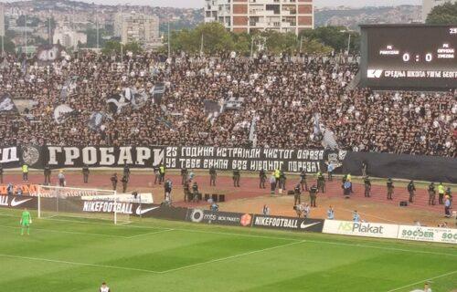Umalo opšti haos na Partizanovom stadionu: Policija privela navijača