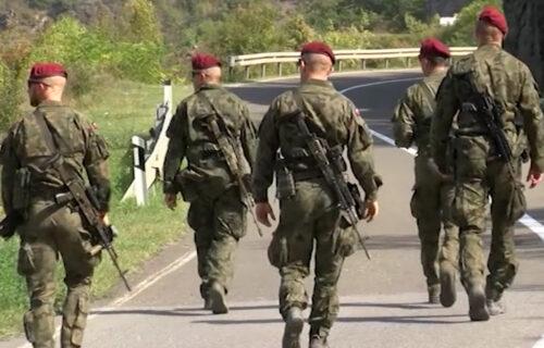 KFOR pojačao patrole na KiM: Jedinice raspoređene na Jarinju i Brnjaku