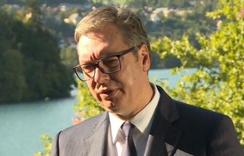 "Predsednik Vučić se obratio javnosti iz Slovenije: ""Iza kamera se govori samo o Kini"""