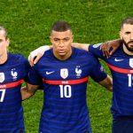 Tek se vratio u reprezentaciju, a već razbesneo zemljake: Benzema izjavom o Mbapeu naljutio Parižane!