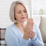 Rešenje za bolne zglobove: Kako da napravite domaću mast protiv artitrisa (RECEPT)