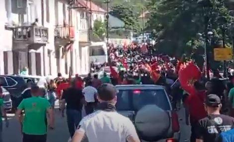Komite PRAVE BLOKADE na Cetinju: Katastrofa na pomolu, huligani divljaju, policija ne reaguje (VIDEO)