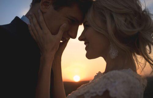 Čuvajte ga kao malo vode na dlanu: Devet pouzdanih znakova da imate savršenog muža!