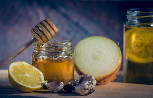 Dovoljna je jedna kašičica pre svakog obroka: Najmoćniji RUSKI narodni lek za jačanje imuniteta (RECEPT)