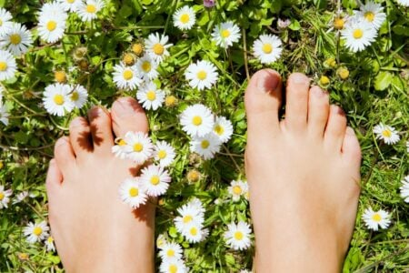 Pomoć za bolna stopala: Šest prirodnih načina da se izborite sa ČUKLJEVIMA (VIDEO)