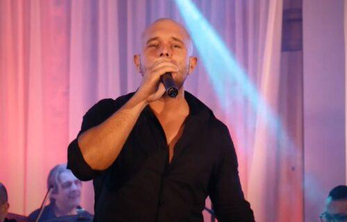 """NEVEROVATNA priča našeg pevača: Optužili ga da je """"GEPEKOVAO"""" čoveka! (FOTO)"""