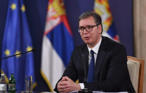 """Predsednik Vučić uputio PORUKU svim Srbima na KiM: """"Ne nasedajte na provokacije Prištine"""" (FOTO)"""