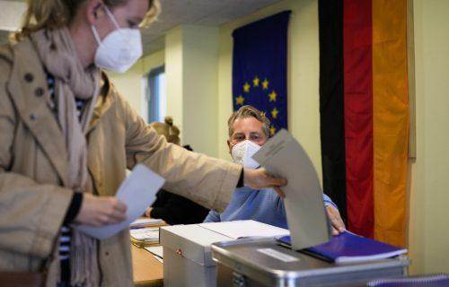 Izbori u Nemačkoj: Birališta otvorena, ishod NEIZVESTAN
