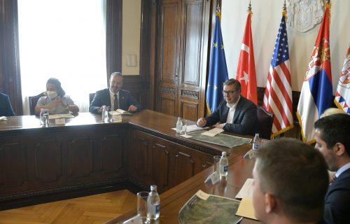 Predsednik Vučić sa predstavnicima kompanije Bechtel-Enka: Razgovarali o Moravskom koridoru