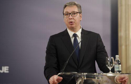 """Predsednik Vučić o izbeglicama iz Avganistana: """"Srbija NEĆE biti parking za migrante"""""""