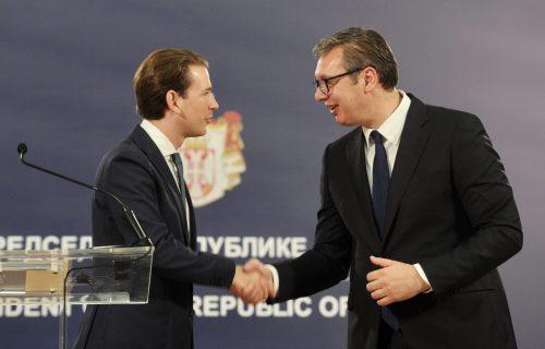 """Krupnim koracima idemo napred: Vučić ponosan što je """"Fič"""" potvrdio VISOK REJTING Srbije"""