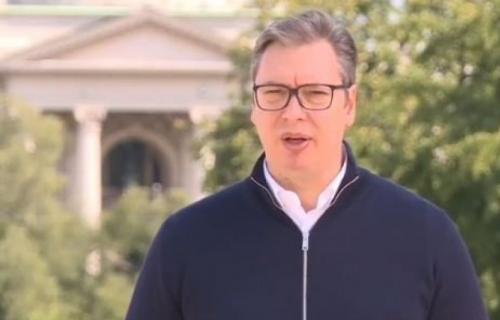 """Vučić odgovorio svima koji NAPADAJU """"Bože pravde"""": Ujedinimo se pod našom zastavom i HIMNOM (VIDEO)"""