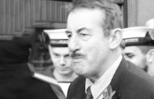 """Jednom rečju LEGENDA: Biografija Džona Čalisa - čuvenog Bojsija iz """"Mućki"""""""