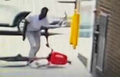 Motao se biciklom po ulici, pa od komšije ukrao ranac: Jedna glupost ga je ODALA (VIDEO)