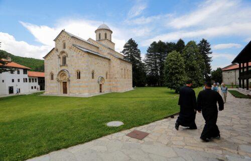 Ako je postojala, zvala se Teodora: MISTERIJA iz manastira Dečani i dalje ŠOKIRA - ko je ova žena? (FOTO)