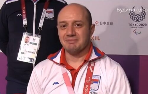 Dirljive scene: Srpski heroj Dragan Ristić zaplakao uživo na televiziji! (VIDEO)