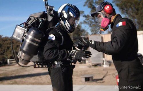 """Džetpekovi u vojnom arsenalu: Novo """"oružje"""" za munjevite akcije na kopnu i vodi (VIDEO)"""