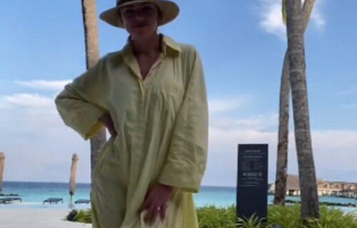 Htela je da zablista na medenom mesecu, a zbog jedne NEZGODE nasmejala je milione ljudi (VIDEO)