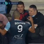 Nemile scene u Francuskoj: Fudbaler se zaleteo da se obračuna sa navijačem (VIDEO)