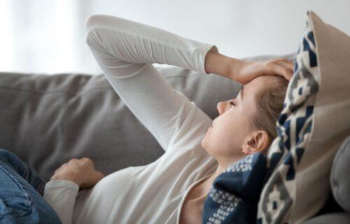 Neredovna menstruacija i još njih ŠEST: Prvi simptomi koji ukazuju na hormonski DISBALANS  u organizmu