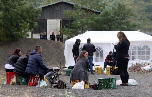Deveti dan PROTESTA na Jarinju i Brnjaku: Srbi ne odustaju, situacija i dalje NAPETA