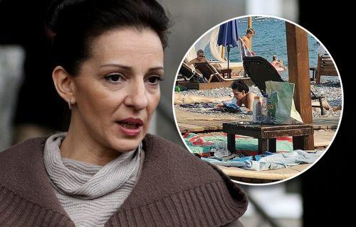 Đilas poslao Mariniku na more da se SUNČA i UŽIVA, a narod pozivaju na ustanke i vrelu jesen! (FOTO)