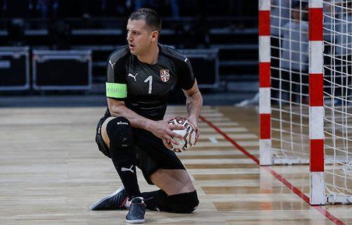 Nestvarne vesti sa Svetskog prvenstva: Golman Srbije ima koronu, legenda se vraća među stative! (FOTO)