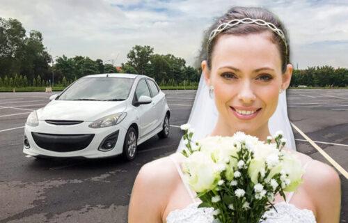 Mlada bez BLAMA: Ostavila SKANDALOZNU poruku na svom automobilu - ljudi osuli paljbu po njoj
