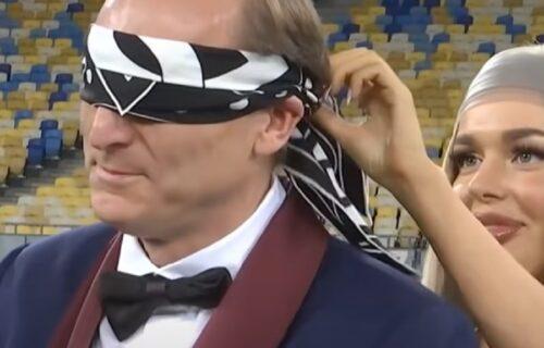 Marina pozvala muža da dođe na stadion, ali ne da gleda utakmicu: Priredila mu je ŠOK iznenađenje (VIDEO)