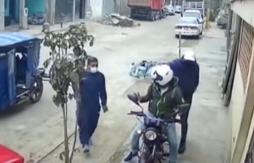 Izvadili pištolj i pljačkali motociklistu, a onda se desilo ČUDO: Delikventi bežali glavom bez obzira
